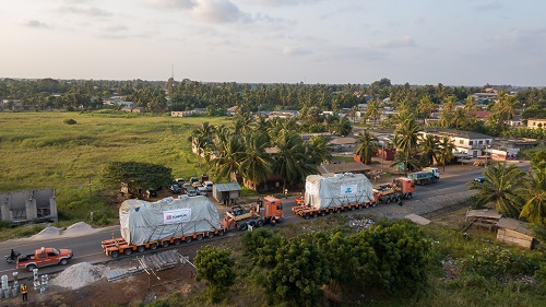The 219 tons engines on the road in Ghana.4webjpg