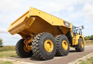 cat truck 3
