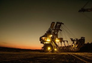 mining excavator 1736293 640