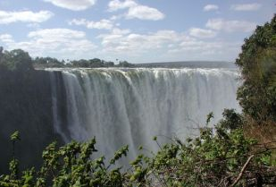 The UNWTO general assembly will be held jointly in Livingstone, Zambia, and Victoria Falls Town, Zimbabwe. (Image source: John Walker/Wikimedia Commons)