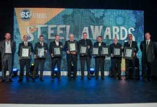 Aurecon Project Director Mark Axelrod receiving the SAISC Steel Awards for the Eastgate Phase 2 Redevelopment pictured fourth from left