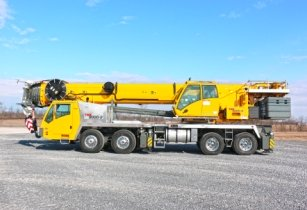 Grove unveils the TMS9000 2 truck crane 1