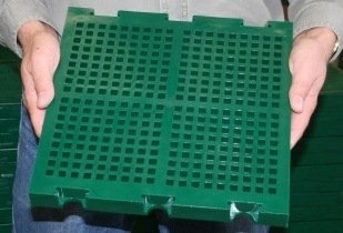 A Multotec injection moulded polyurethane panel, similar to those used at Debswana. (Image source: Multotec)