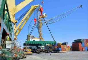 DP World introduces mobile harbour cranes at Berbera port